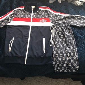 Gucci outfit ,size medium